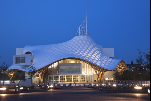 Japan-Pavilion-for-Expo-2000